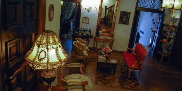 Lobby si Bar